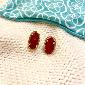 Kendra Scott Ellie gold stud earring in maroon